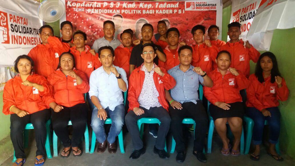 Pengurus PSI Kabupaten Kepulauan Talaud Dalam Kopi Darat Daerah.
