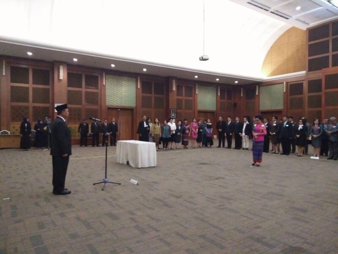 Plantikan Rektor UNIMA dihadiri oleh hampir semua pejabat UNIMA