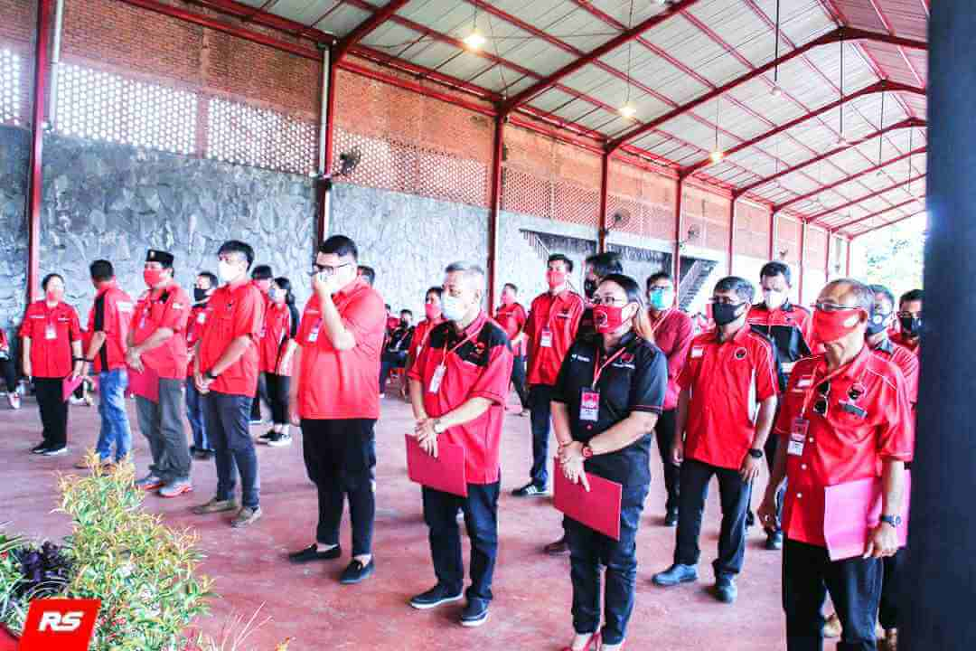 Dilantiknya Rio Dondokambey Ketua PAC Wenang