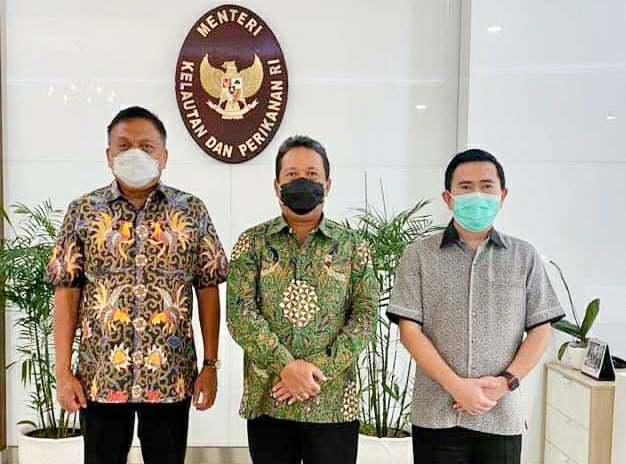 Gubernur Olly dan Menteri KKP Trenggono Bahas Perkembangan Industri Perikanan di Sulut