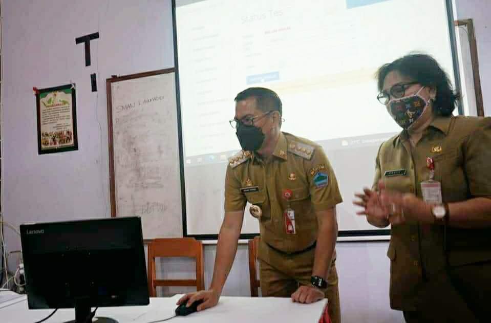 Bupati JG Buka Ujian Seleksi Kompetensi Pegawai Pemerintah dengan Perjanjian Kerja